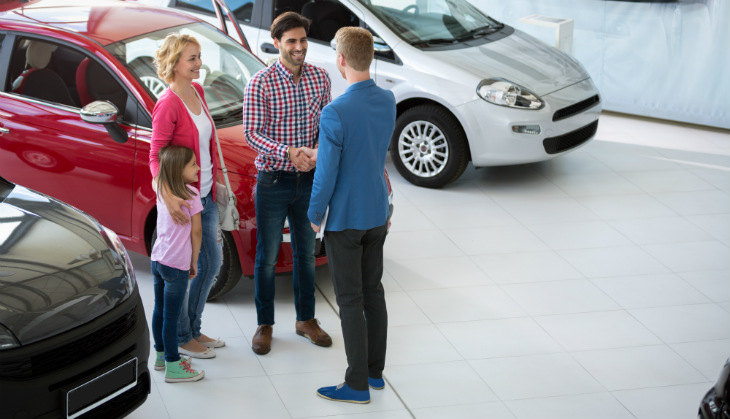 family-buying-car